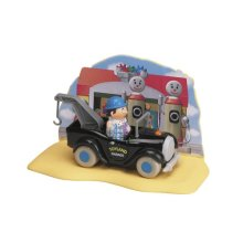 Noddy Play Scenes - Mr Sparks Figure & Breakdown Truck (inc. play scene)