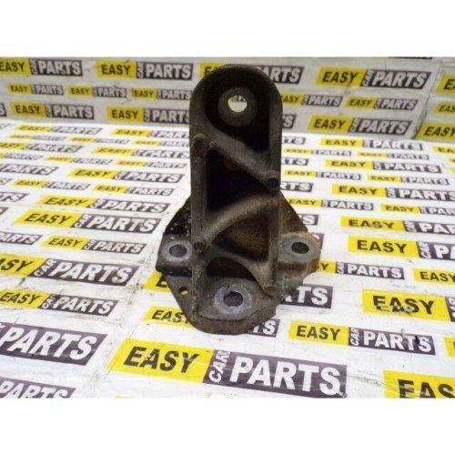 JAGUAR XF ENGINE MOUNT BRACKET 5R83-6061-BA 2.7 TDV6 PASSENGER SIDE