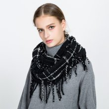Women Plaid Pattern Ring Collar Scarf With Tassels