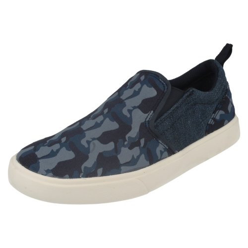 Boys Clarks Machine Washable Pumps Club Skate - G Fit