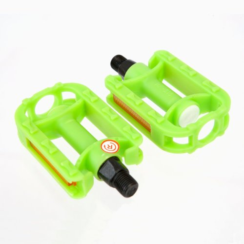 "GREEN KIDS BIKE PEDALS - Pair of 1/2"" Childrens SMALL BIKE cycle PEDAL New"